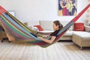 Shop i USA fra sofaen og spar en formue