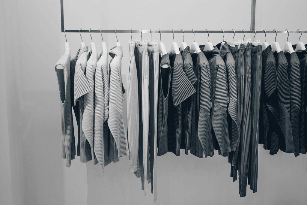 Køb tøj, sko og accessories med ShopUSA
