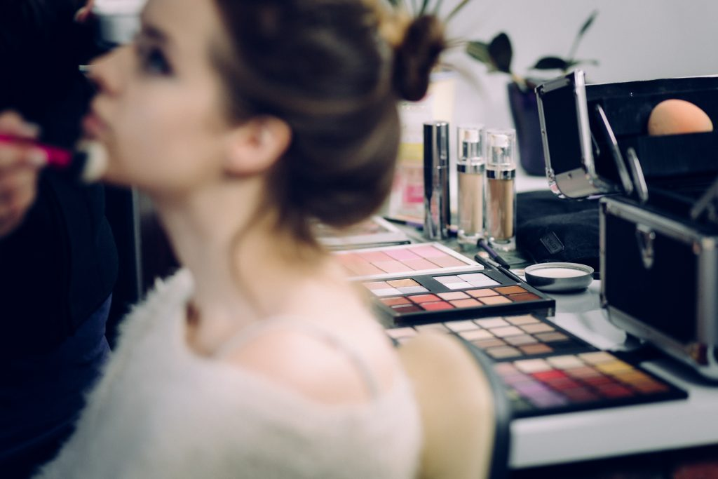 Makeup Guide – ShopUSA.In