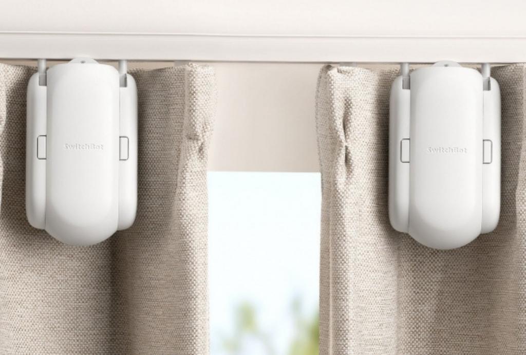 Robot Curtains