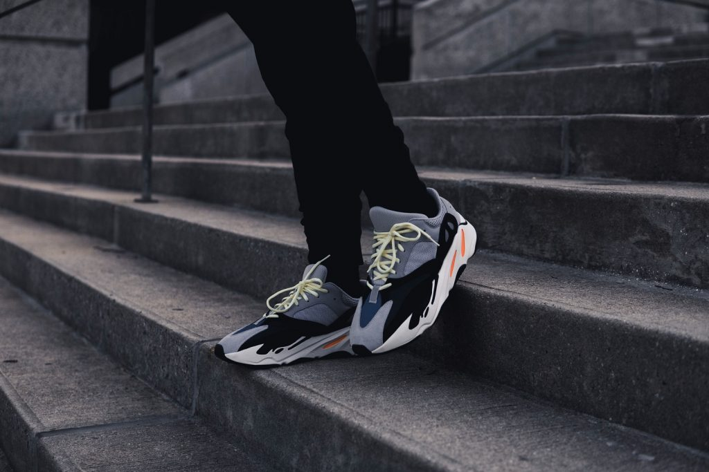 Sneakers från USA till Sverige