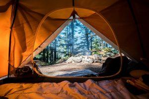 Camping och campingutrustning – för musikfestival och friluftslivet