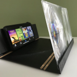 3D Mobile Phone Magnifier