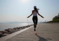Fitness skipping ropes